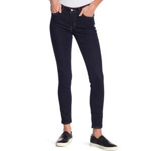 Levi's 711 Skinny Jeans in Dark Indigo Wash